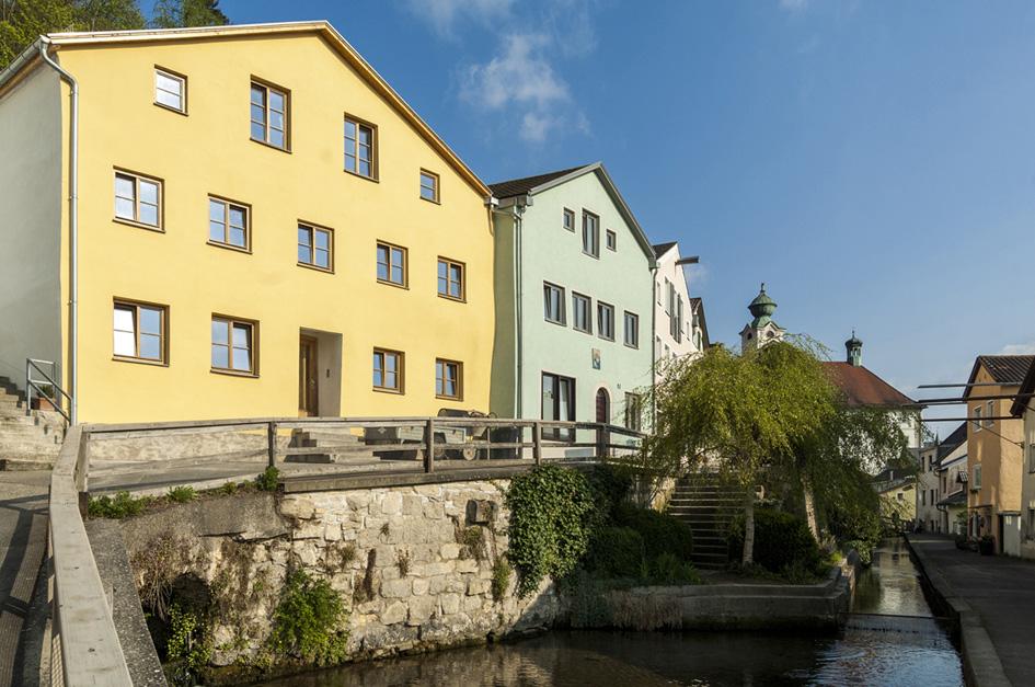 1-Jurahaus-Fieger-Ansicht-Straße