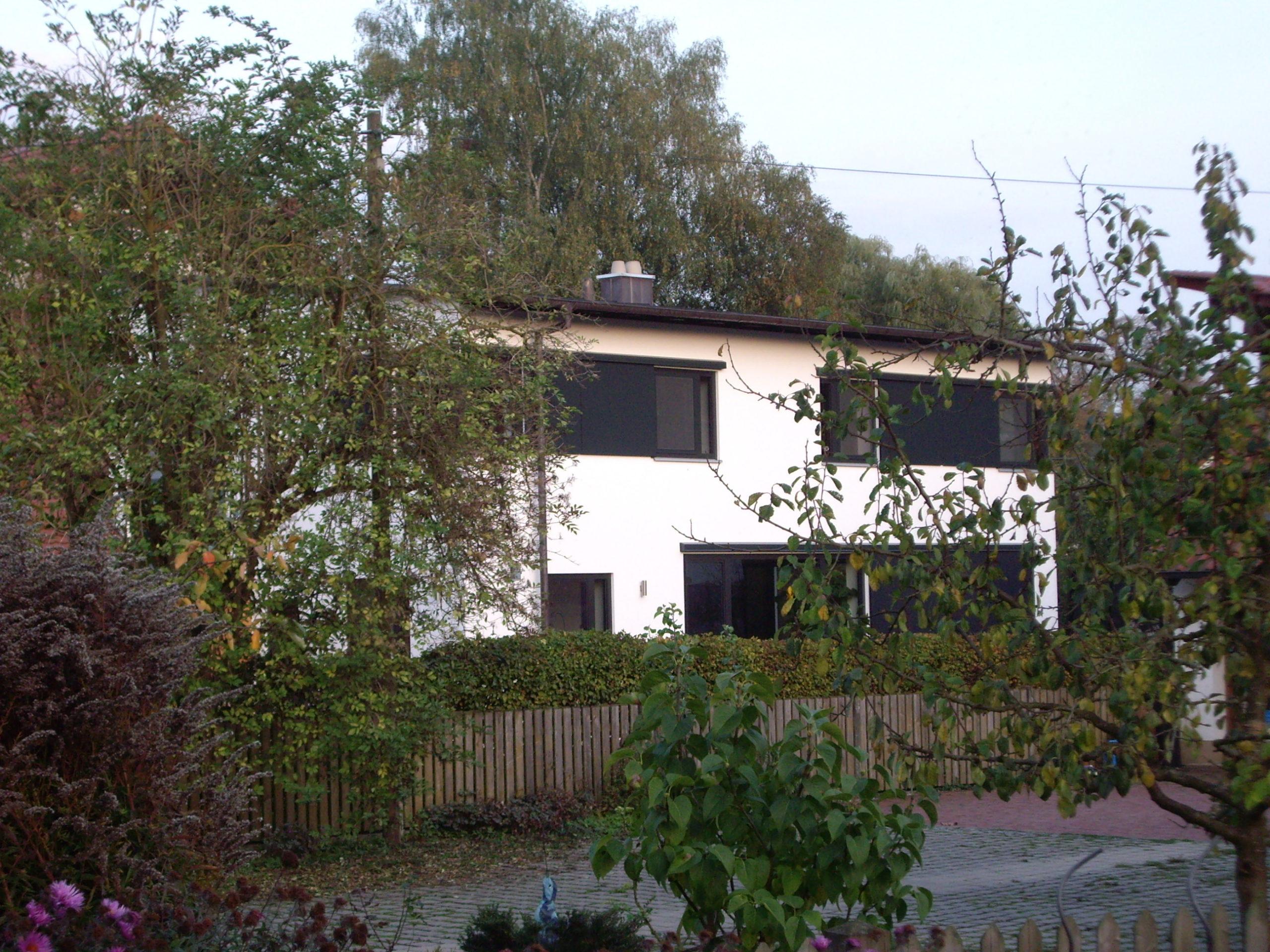 1-Neubau-Wohnhaus-Murr-Bergen-Ansicht-Garten