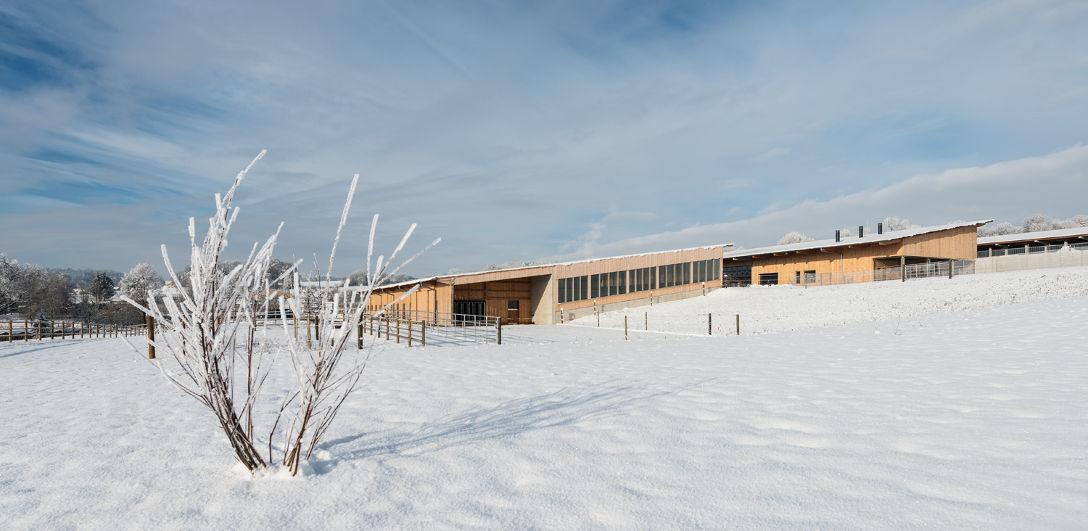10-Stiftung-Sankt-Johannes-Schweinspoint-Landwirtschaft-Ansicht-Osten