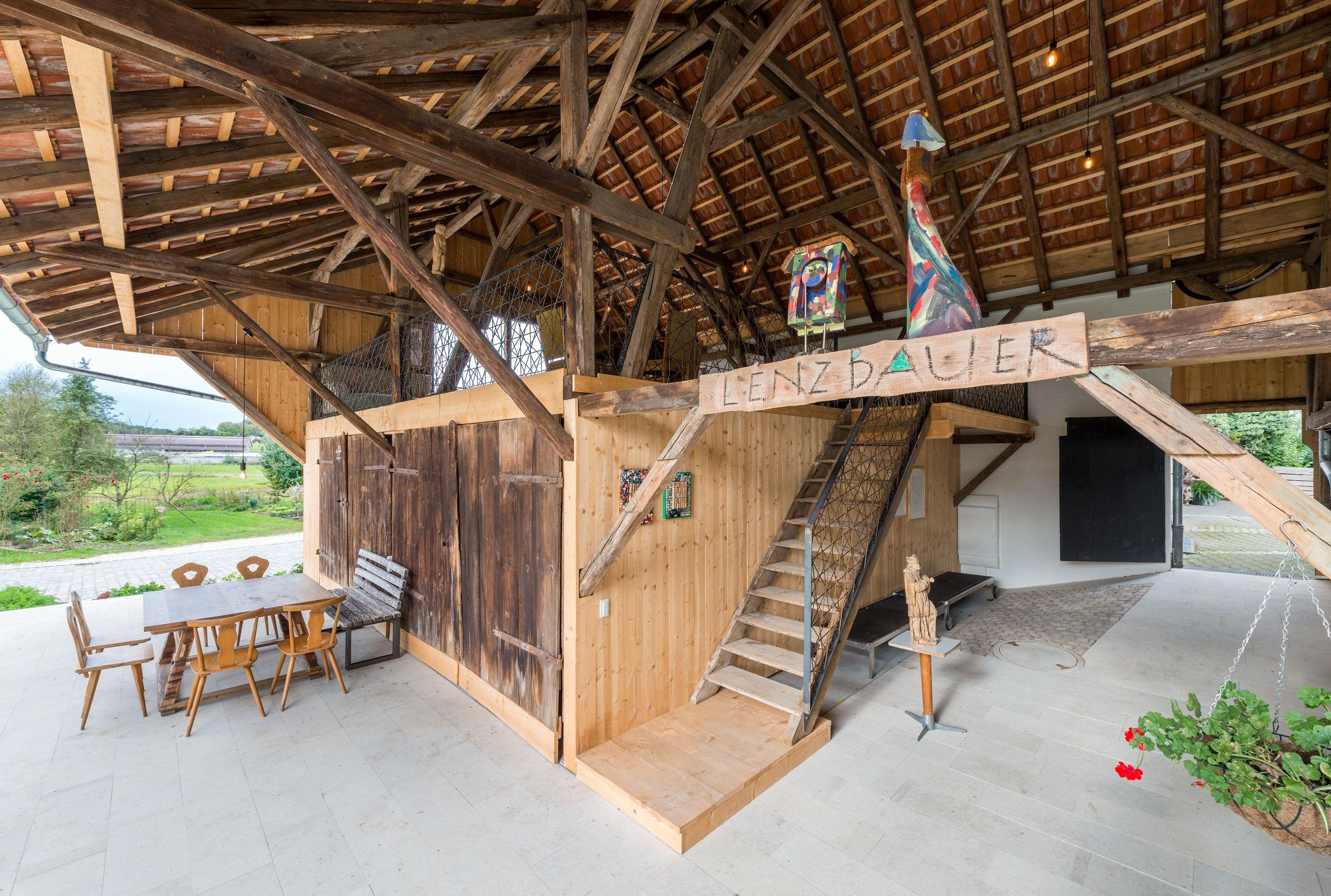 2x neue Büroräume + Stadl + Metzgerei + Gemüsekeller